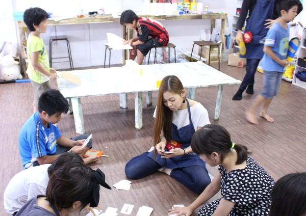 利用者インタビュー:放課後等デイサービス アトリエたいよう 管理者 内山 恵美子氏